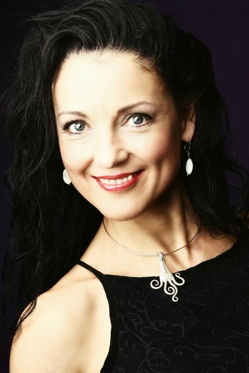 Picture of Andrea Gerak