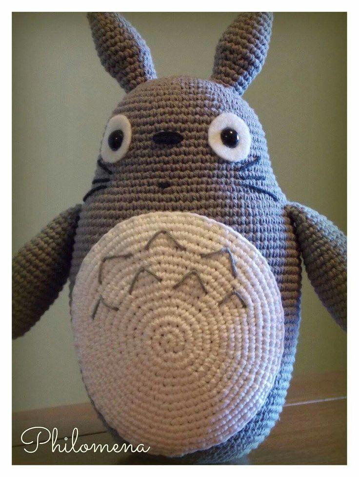 99 best Totoro amigurumi images on Pinterest   Patrones amigurumi ...