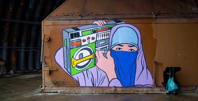 LA STORIA <br />Street art: il mondo delle donne musulmane raccontato da un uomo, BR1