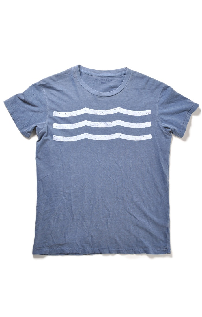 keep graphic T's simple