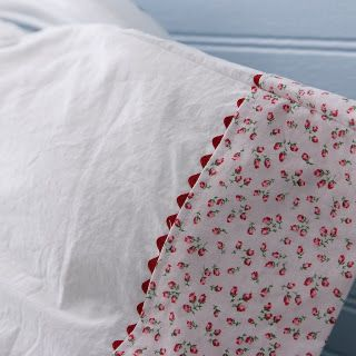 How to make a vintage style pillowcase - tutorial.  I could do something like this to lengthen standard pillow cases.