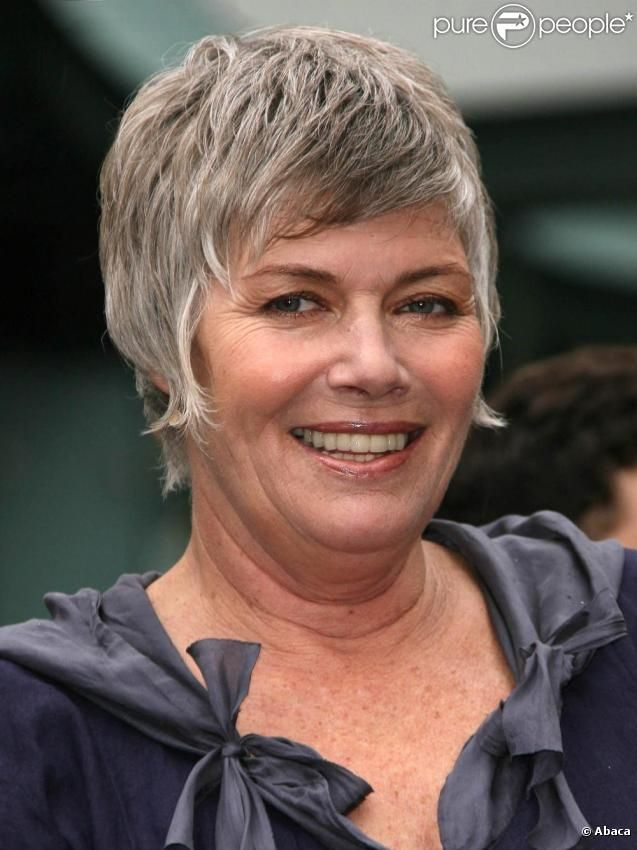 is kelly mcgillis gay