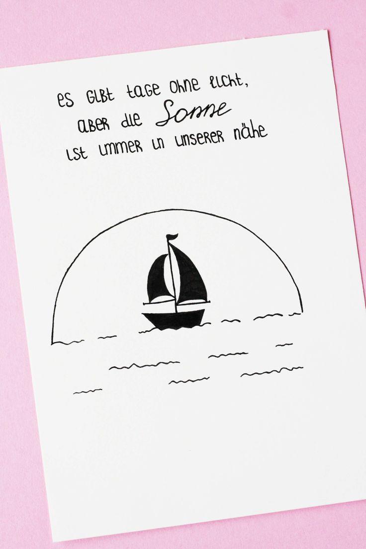 Es gibt Tage ohne Licht, aber die Sonne ist immer in unserer Nähe. Schiff-Bild mit einem Motivationsspruch. Some Joys Blog.