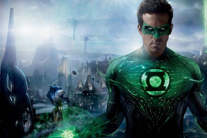 Should Ryan Reynolds star in 'Green Lantern' reboot?