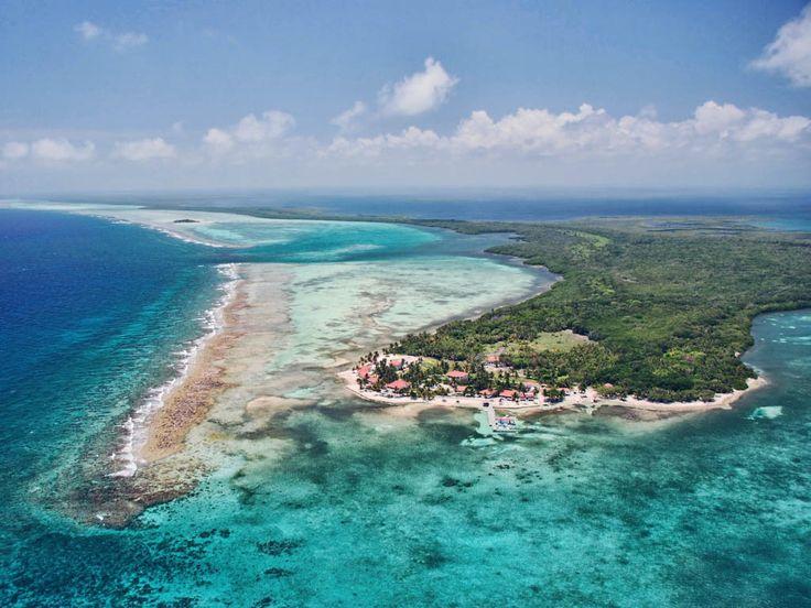Turneffe Island Resort  Belize  pesca in mare Dopo quarant'anni, l'isola privata Turneffe Island Resort è ancora riconosciuto come uno dei migliori appartamenti di acqua salata e volare casette / stazioni di pesca in Belize e nei Caraibi occidentali. Dopo l'acquisizione l'isola nel 2001, i proprietari hanno cercato di elevare il comfort degli ospiti senza compromettere la sensazione unica dell'isola. Nel tentativo di rendere più ecologico e rispettoso dell'ambiente non vi è l'energia solare…