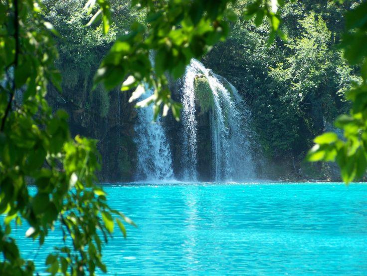 Azuur blauwe wateren in Plitvice!