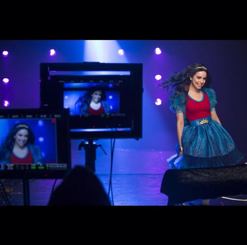 "Music Video: Sofia Carson ""Rotten To The Core"" - Dis411"