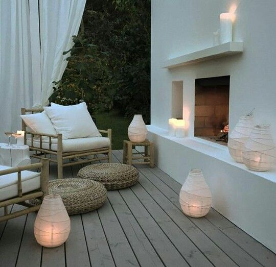 I would lounge here in a while as I wait for the loml to get ready. We're going to have dinner at a fancy restaurant and get Slurpees afterward. | Source: Unknown