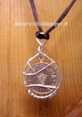 Bijoux con moneta e filo di ferro