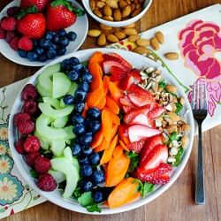 The Inner Goddess Detox Salad is chock full of body-cleansing, toxin-eliminating, and skin-brightening ingredients.: Salad Full, Yummy Salad, Detox Salad Definitions