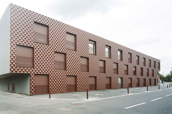 ecdm: student housing, france