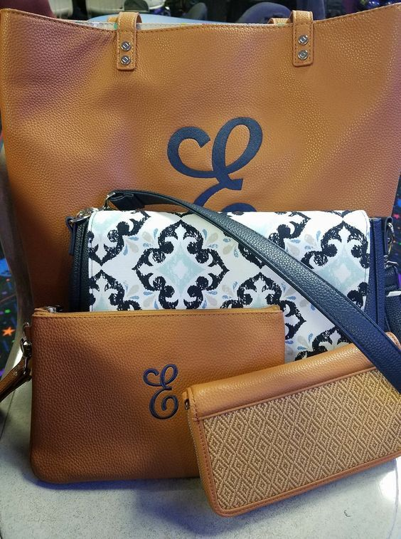 """GORGEOUS Set!! """"Around Town Tote"""" in Caramel, """"Studio Thirty-One"""" Purse in navy & Fab Flourish (the flaps & straps are interchangeable.....what?!), """"Rubie Mini"""" in Caramel and """"All About the Benjamins"""" wallet in Diamond Weave! #pinkbagdiva #businesscollection #covertiblepurse #polkadots"""