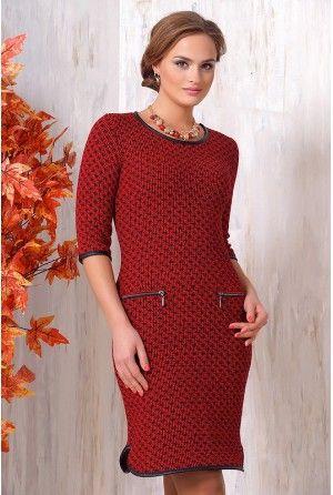 Темно-красное повседневное теплое платье