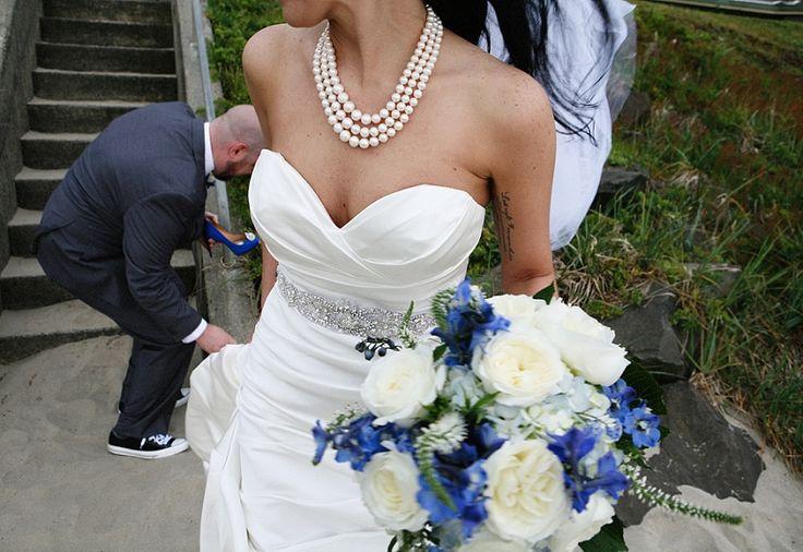 tatoos, sassy shoes, and high top wedding – katy & erin – cannon beach, oregon » Julie Adams Photography