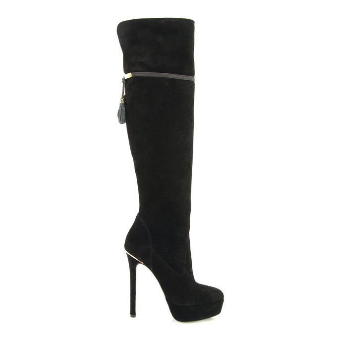 High heeled boots MOD: 721008766