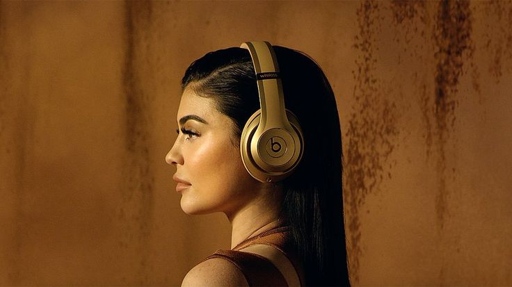 Beats Studio Wireless Over-Ear Headphones - Balmain - Special Edition - Apple