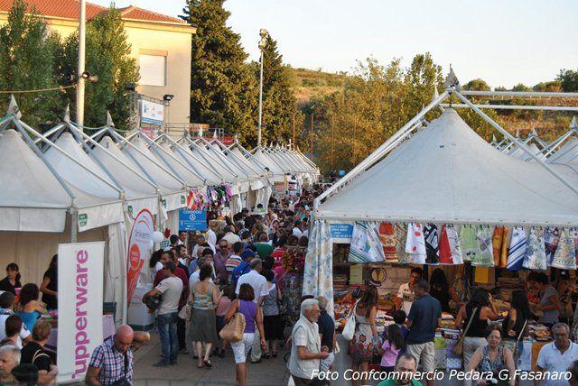 Fiera d'Estate Village, la Fiera più attesa dai Siciliani.Ogni anno ad Agosto a Pedara
