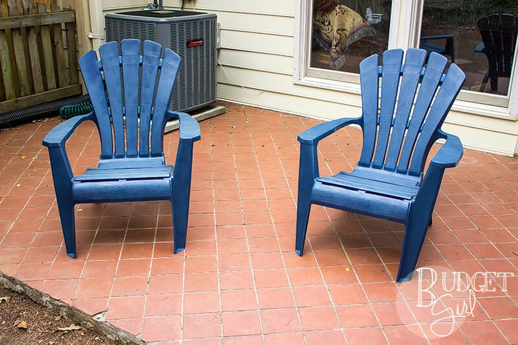 how to clean white plastic patio chairs