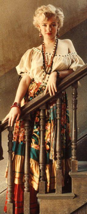 (MM) Marilyn Monroe - Norma Jeane (Baker) Mortenson - http://dunway.com