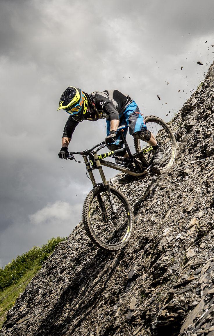 SCOTT Bikes THE NEW Voltage FR Mountain Biking