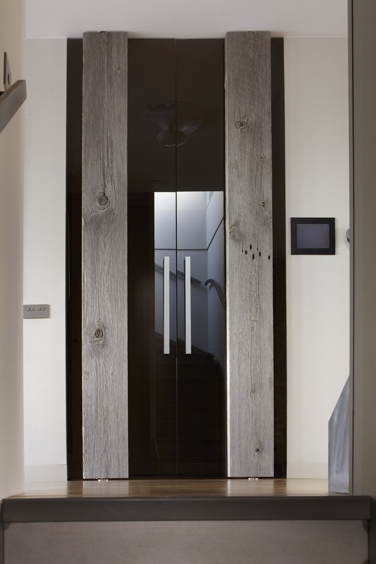 Beautiful FritsJurgens PivotDoor designed by Barn in the City and made by the Dutch door specialist & 66 best FritsJurgens PivotDoors images on Pinterest | Pivot doors ...