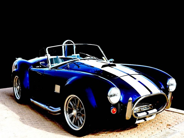AC Cobra MKIII 427 SC
