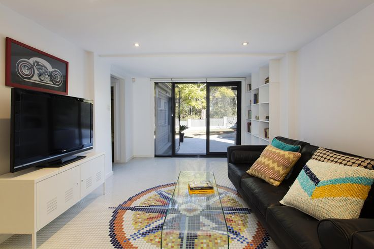 Forever Mosaic | 8 Finch Avenue, East Ryde