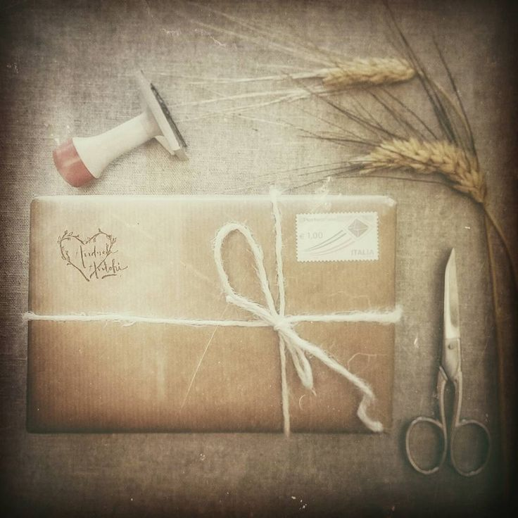 Hand made with love. Vintage packaging paper. www.andreantohifotografia.com