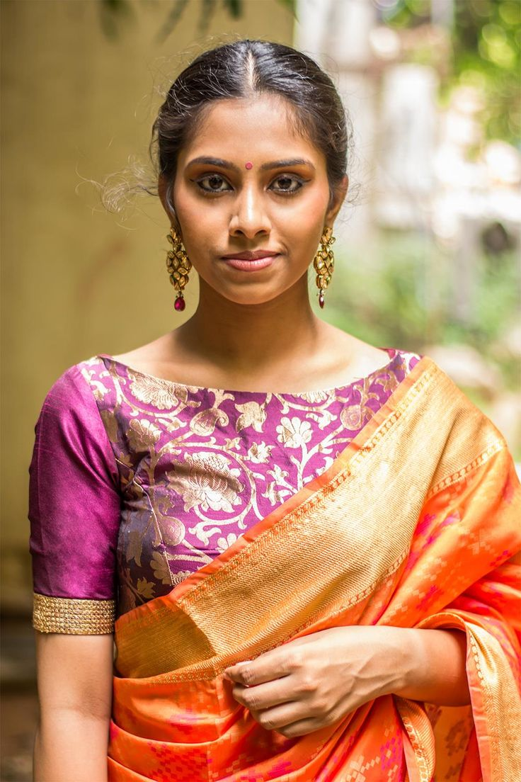 Purple brocade boatneck blouse  #blouse #saree #houseofblouse #desi #indianwear #purple #brocade #silk #sequin #border #boatneck #openback