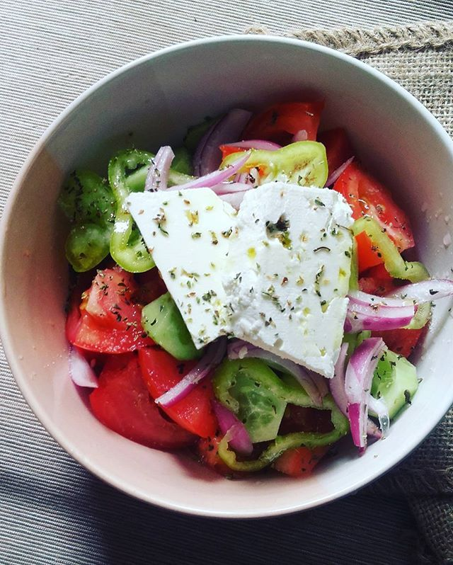 "Greek salad ""Choriatiki"" for lunch!!! Summer is here Χωριάτικη σαλάτα για μεσημεριανό. Ότι καλύτερο #greekdiet #greeksalad #choriatiki #fetacheese #healthy #healthyeating #meditteraneandiet #nutrition #fresh #Greek #huffposttaste #beautifulcuisines #hautecuisines #lifokitchen #eeeeeats #foodphotography #foodstagram #f52grams #buzzfeedfood #lifeandthyme #healthyeating #healthyfood #kitchenbowl #feedfeed #inmykitchen #onmytable #tastingtable #foodblogfeed #foodblogger  #foodblogger #"