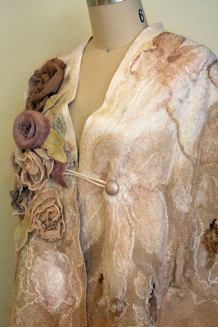 Nuno felting TUTORIAL felt making instructions decorating scarf to coat with flowers wet felting tutorials cape pattern textures shawl scarf