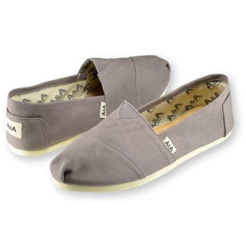 Classic gray espadrilles flats canvas shoes for Woman inspired by the  traditional Argentine alpargatas . Designed