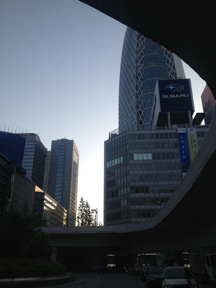 新宿 西口から~のショット