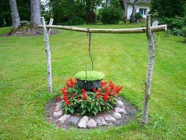 Απλά πράγματα  δίνουν  απλές απολαύσεις  ...       Ο κήπος είναι  ένα μέρος   χαράς  και ηρεμία  για τον κηπουρό  και  όλους όσους έχ...