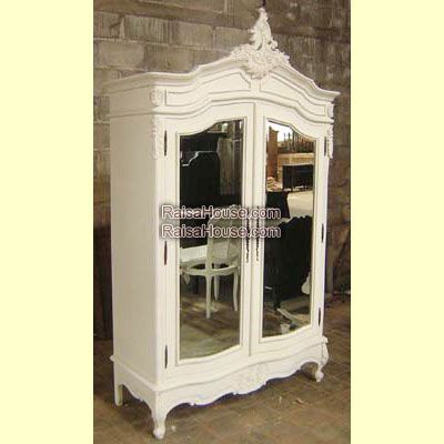 French Armoire 2 Doors with Mirror Refrence : RAR 031 MR Dimension : 120 x 45 x 210 cm Material : #WoodenMahogany Finishing : #Custom Buy this #Armoire for your #homeluxury, your #hotelproject, your #apartmentproject, your #officeproject or your #cafeproject with #wholesalefurniture price and 100% #exporterfurniture. This #FrenchArmoire2DoorswithMirror has a #highquality of #AntiqueFurniture #HomeFurniture #MahoganyFurniture #CustomFurniture #IndustrialFurniture #ExporterFurniture