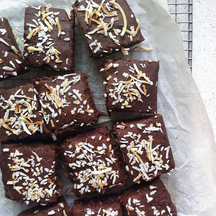 FUDGY SWEET POTATO BROWNIES ~ vegan, gluten free & refined sugar free