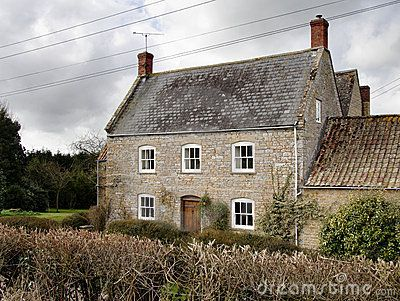 FARMHOUSE – vintage traditional english farmhouse in europe is timeless.