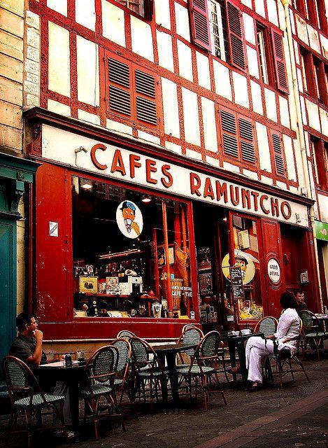Bayonne, Café Ramuntcho, boire un café en terrasse avc toi............