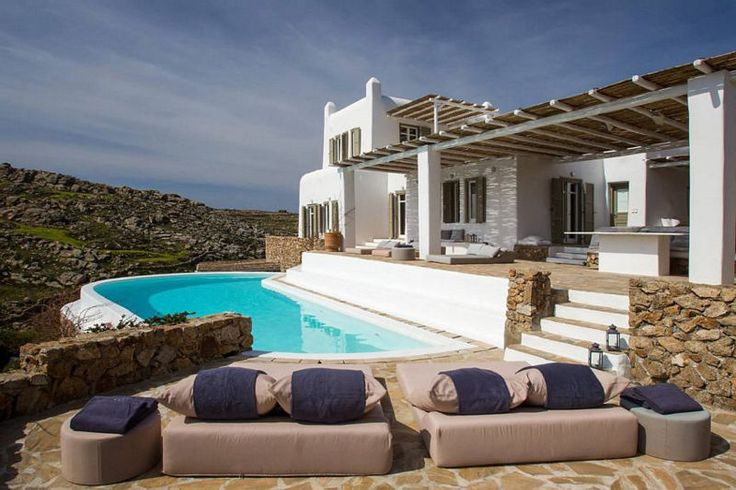 Villa Artisti, a Wonderful Residence with Marvelous Terraces in Mykonos