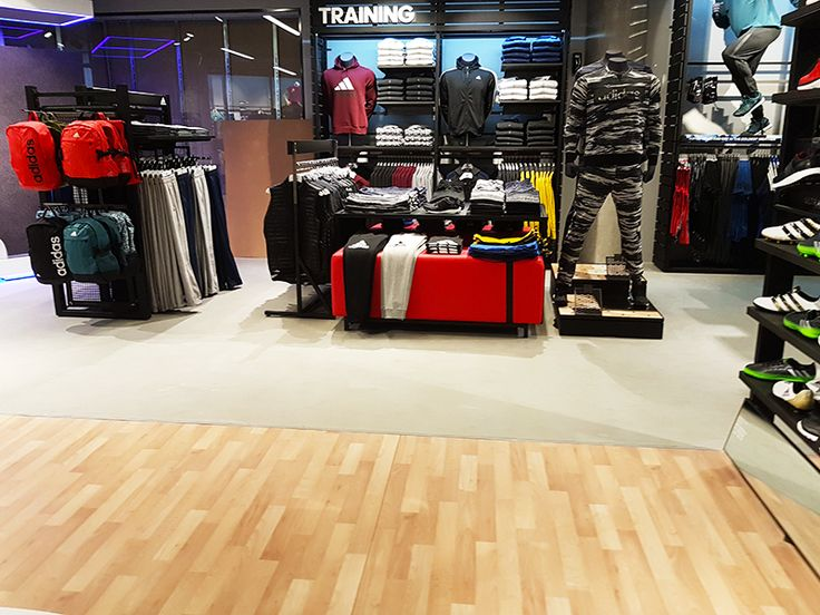 ADIDAS STORE | RIVER WEST FLOORS BY DecoMax