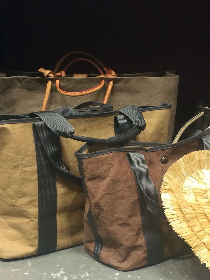 Gi'N'Gi Paper bags