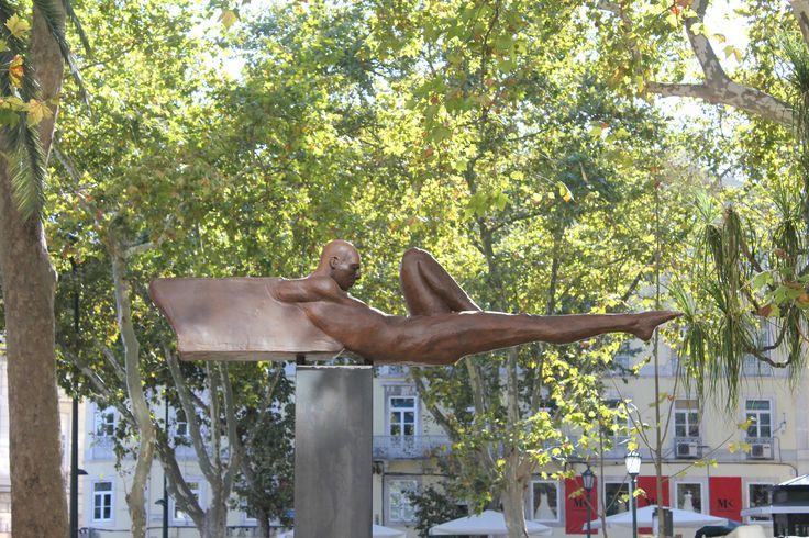 Horizonte - Escultura de Rogério Timóteo