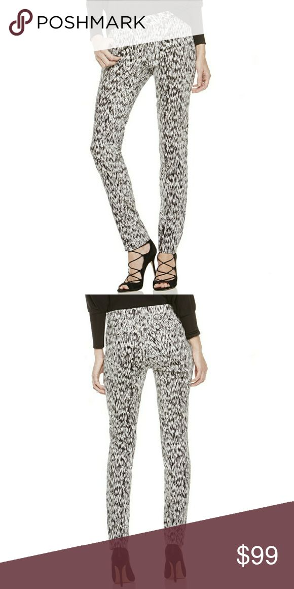 Two by Vince Camuto Skinny Jeans An etching print in black-and-white enhances a perfect-fit skinny jean. With a hint of stretch, five pockets and belt loops this pant has a traditional construction with a scene-stealing print. 98% Cotton, 2% Spandex Size small: 30.5? inseam; 11.25? leg opening Machine wash cold, tumble dry low Made in China Two by Vince Camuto Jeans Skinny