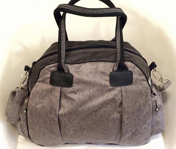 Handtasche, zweifarbig, aus Stoff mit Wildlederoptik (Veloursleder)  Schnittmuster: Kugeltasche/farbenmix