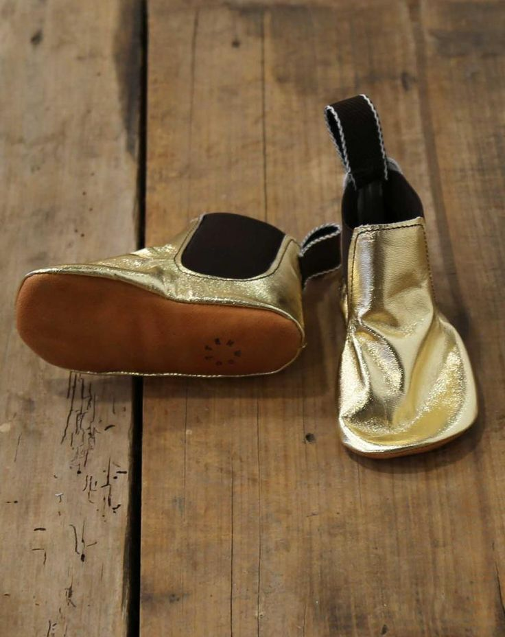 Second generation cordwainer Jess grew up surrounded by the quirky language and delicious smells of his father's dying trade.