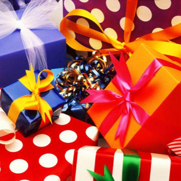 Поздравления и подарки это развлекательный канал, на канале будут показаны видео открытки с поздравлениями, поздравления на день рождения и прикольные слайд ...