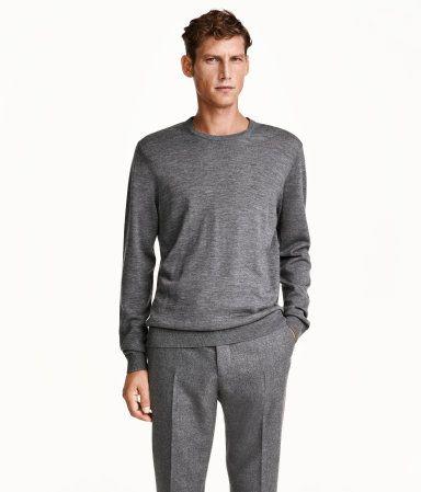 Lightweight, crew-neck merino wool sweater in grey.