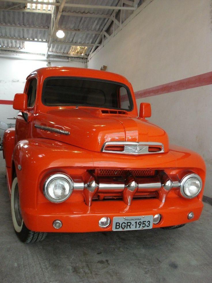 52 ford diesel                                                                                                                                                                                 Mais