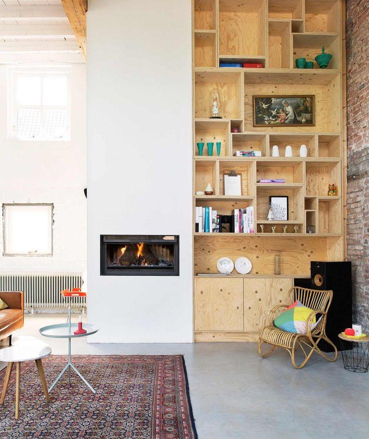 Houten vakkenkast | Large wooden cabinet | Photographer Jansje Klazinga | Styling Emmy van Dantzig | Text Els Meyer | Bron: vtwonen 2-2016