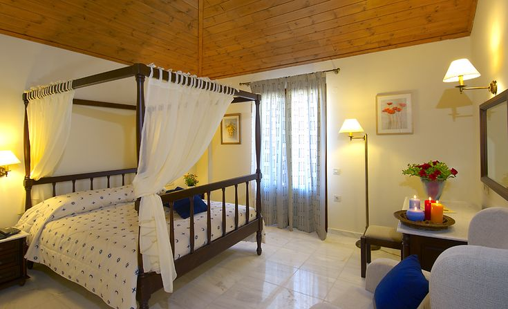 Suite  with bedroom, living room with two sofa beds and balcony.Maximum capacity of 4 persons